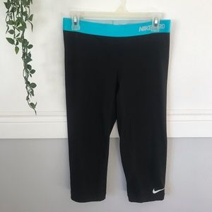 Nike Pro Black Crop Leggings